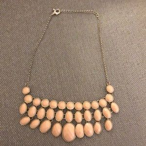 Jewelry - Necklace silver and pink